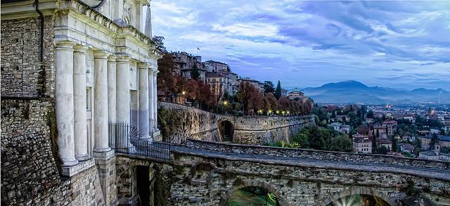 Mura di Bergamo by: max lanzeni
